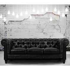 Comfort and style define the Zahara black leather sofa. A modern interpretation of the classic Chesterfield design, this handcrafted quality sofa features a solid kiln dried wood frame, and duck down Black Leather Sofas, Leather Chesterfield, Black Sofa, Bonded Leather, Living Room Sofa, Living Room Furniture, Modern Furniture, Home Furniture, Leather Furniture
