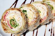 Roll of pita bread with crab sticks and cucumber / Culinary Universe Crab Stick, Croatian Recipes, Tasty, Yummy Food, Pita Bread, Feeding A Crowd, Quick Snacks, Cucumber, Healthy Eating