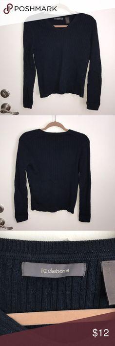 Liz Claiborne Navy V-Neck Sweater Liz Claiborne Navy V-Neck Sweater Liz Claiborne Sweaters V-Necks