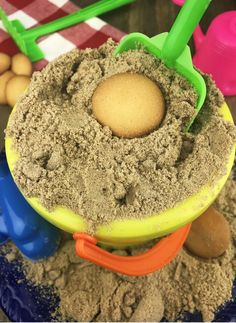 You will LOVE this super quick and easy Sand Pudding Recipe! Take it to your next BBQ and it'll be a hit with everyone. Get the Sand Pudding recipe here. Quick Easy Desserts, No Bake Desserts, Just Desserts, Delicious Desserts, Delicious Dishes, Sand Pudding Dessert, Yummy Treats, Sweet Treats, Deserts