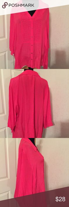 Maggie Barnes pink button down top 2X. Maggie Barnes pink button down top 2X. This is a gorgeous hot pink top. It is new with tags. Please view all pictures. Reasonable offers only. Catherines Tops Button Down Shirts