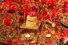 Resultado de imagem para festa de 15 anos dourado e vermelho