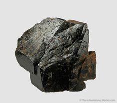 Healing Crystals, Stones And Crystals, Rock Identification, School Of Rock, Crystal Meanings, Rare Gemstones, Krystal, Quartz, Signs