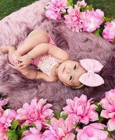 Boho Baby Strampler – Mauve – Strawbaby Co – Strampler … – Babys – Schwanger – girl photoshoot poses Cute Baby Girl, Baby Love, Cute Babies, Baby Girl Pictures, Newborn Pictures, Pictures Of Babies, Outside Baby Pictures, Baby Monthly Pictures, 6 Month Baby Picture Ideas