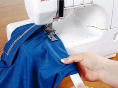 Máquina de Costura Janome - Galoneira 1000CPX com as melhores condições você encontra no Magazine Megatit. Confira!