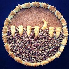 Image result for cute pie crust design Sweet Pie, Sweet Tarts, Vodka Pie Crust, Beautiful Pie Crusts, Pie Crust Designs, Just Pies, Pie Decoration, Cranberry Pie, Pie Tops