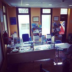 Oficina de turismo donde los turistas reciben informacion sobre los lugares de interés turistico en nuestro pueblo así como de las visitas guiadas por el #CascoAntiguo by riba_roja_de_turia
