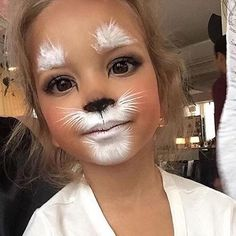 Truccabimbi; Simple pretty kitty, full face painting but fast