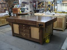 Assembly Table so fine so I do not dare to use it