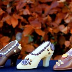 Milk Chocolate Shoe Various Styles (comes with two caramels) | The Chocolate Garden of Ireland