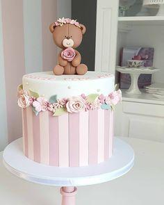 Creative Birthday Cakes, Elegant Birthday Cakes, Pretty Birthday Cakes, Girls First Birthday Cake, Baby Birthday Cakes, Rodjendanske Torte, Teddy Bear Cakes, Baby Girl Cakes, Cute Cakes