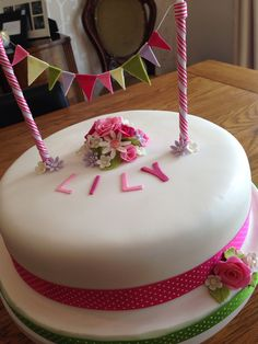 Girls vintage birthday cake