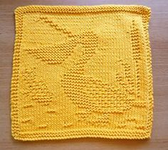 Dishcloth with pelican design; pattern is in German. More