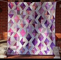 On the Windy Side: 2014 Pantone Quilt Challenge: Inspiring Purple Quilts Strip Quilts, Easy Quilts, Quilt Blocks, Purple Quilts, Colorful Quilts, Triangles, Monochromatic Quilt, Purple Diamond, Purple Grey