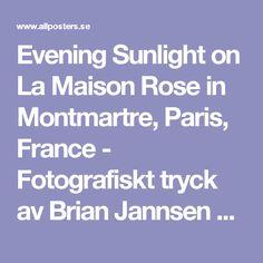 Evening Sunlight on La Maison Rose in Montmartre, Paris, France - Fotografiskt tryck av Brian Jannsen på AllPosters.se