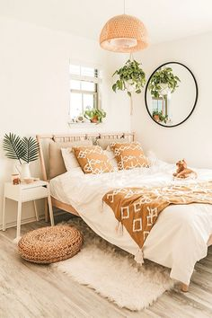 Cheap Bedroom Makeover Design Ideas,Cheap Bedroom Makeover Design Ideas Creative Home Decor Some ideas Designing domiciles may seem like a playful and exciting adventure, but the stark r. Room Ideas Bedroom, Home Decor Bedroom, Cheap Bedroom Ideas, Bedroom Designs, Boho Teen Bedroom, Cheap Room Decor, Bedroom Country, Ikea Bedroom, Bedroom Plants