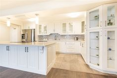 Property Sale, Mall, Toronto, Beds, Condo, Kitchen Cabinets, Type, Home Decor, Decoration Home