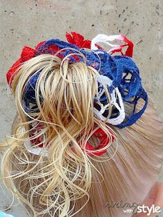String With Style: Ruffle Hair Bow~ another great idea to use with your sashay yarn/ ruffle yarn