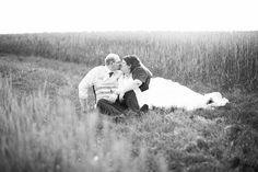 Lena Heinemann lichtbilder After Wedding Shooting Paarfotoshooting Hochzeitsfotos Hochzeitsportraits Oedheim Offenau Heilbronn couples shoot in the fields