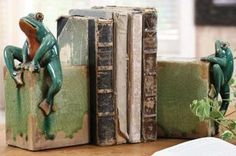Ribbit Bookends - Set of 2
