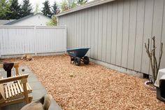 Pet-Friendly Mulch in a Yard   Building a Dog Run