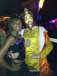 Halloween 2011 As the King... Would you like fries with that?  haha..