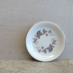 Vintage Noritake RC (Royal Ceramics) Small Pin Dish Pattern - Vale Pattern Number - 766 Years of Production - 1966-1973 Made in Japan.