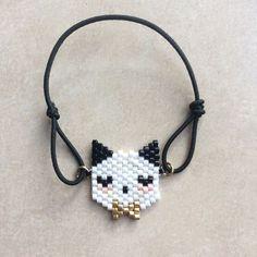 Mignonnerie . #motifpauline_eline . #bijou #perlesmiyuki #miyuki #miyukidelica #jenfiledesperlesetjassume #perlesaddictanonymes #perles #handmade #diy #beads #beadwork #tissage #tissagedeperles #brickstitch #malainemaline