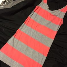 New forever 21 body dress New pink and gray body dress never been worn except for picture Dresses