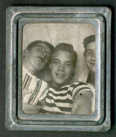 photomatic photobooth via sarasponda: