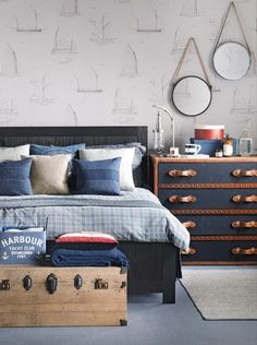 nautical blue and grey bedroom