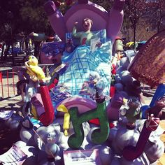 Falla en la plaza Albert Schweitzer - @gmolino   Webstagram
