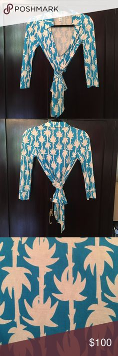 DVF Diane von Furstenberg Blue Palm Wrap Top 4 S Never worn! 💙 Diane von Furstenberg Tops Blouses