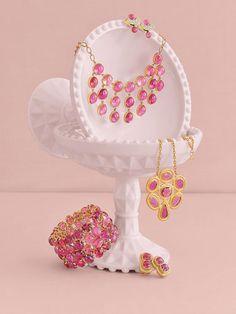 Via: Veranda.com | By Gurhan Rose Pink Tourmaline Necklace in 24k. How can you not love pink!#Gurhan #finejewelry #tourmalinenecklace
