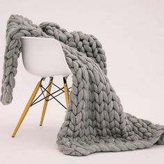 Knot Blanket, Hand Knit Blanket, Throw Blanket Size, Blanket Sizes, Lap Blanket, Chunky Blanket, Knitted Blankets, Merino Wool Blanket, Wool Yarn