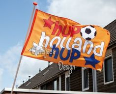 Schitterende vlag om het Nederlands elftal mee te steunen! Gevelvlag oranje voetbal Hup Holland Hup
