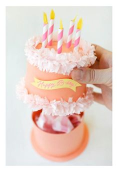 DIY this birthday cake gift box for a genius gift wrap solution.: DIY this birthday cake gift box for a genius gift wrap solution.: DIY this birthday cake gift box for a genius gift wrap solution. Birthday Cake Gift, Gift Cake, Diy Birthday Box, Birthday Woman, Birthday Gift Wrapping, Funny Birthday, 22nd Birthday, Gift Wrapping Ideas For Birthdays, Diy Birthday Gifts For Him