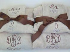 Mr & Mrs Monogram Wedding  Full Towel Set -2 Bath Towel, 2 Hand Towels, 2 Washcloths