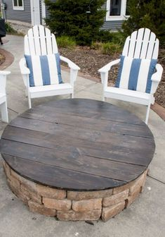 If you are looking for Backyard Fire Pit Ideas, You come to the right place. Below are the Backyard Fire Pit Ideas. This post about Backyard Fire Pit Ideas was p. Diy Fire Pit, Fire Pit Backyard, Backyard Patio, Backyard Landscaping, Diy Patio, Patio Table, Deck With Fire Pit, Wedding Backyard, Fire Pit Grill