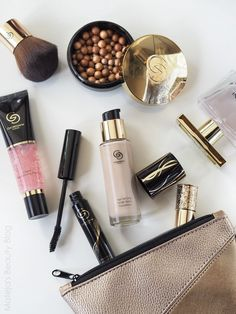Oriflame Beauty Products, Oriflame Cosmetics, Giordani Gold Oriflame, Box Dye, Beauty Consultant, Grooming Kit, Beauty Inside, Pale Skin, Make Up