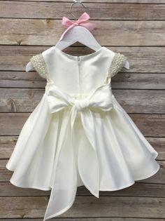 Baby Girl Christening Dress Baby Baptism Dress por BabyGalore0