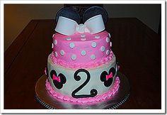 How to make a Minnie mouse cake! ----> I follow back JessieJack111 <----follow!