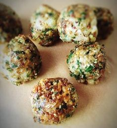 Vegan Meaty Balls recipe. High-protein vegan meatballs that are also free of gluten, corn, beans, and soy! CAT'S KITCHEN BLOG | @nutritionstripped