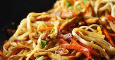 Blog kulinarny dla fanów zdrowego żywienia, skupiony głównie na kuchni wegetariańskiej, z wielkim uwielbieniem do sezonowości. Wpadajcie. Fried Rice, Spaghetti, Food And Drink, Asian, Ethnic Recipes, Nasi Goreng, Stir Fry Rice, Noodle