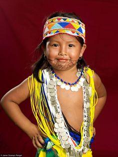 Panama (Fotopedia) She is so cute! Part of the Embera peoples of Panama! www.panamaroadrunner.com