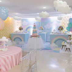 Love the white balloon clouds Unicorn Birthday, Unicorn Party, Baby Birthday, First Birthday Parties, Cloud Party, Baby Shower Parties, Baby Shower Themes, Baby Boy Shower, Shower Bebe