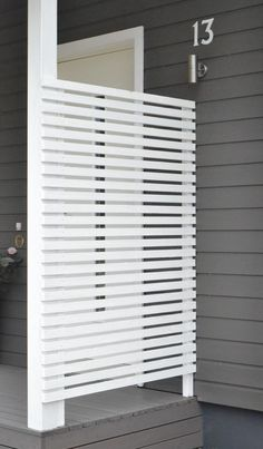 Modern Wood Slatted Outdoor Privacy Screen: Details On How To Build « Garden Decor, Home, House With Porch, Porch Privacy, Privacy Screen Outdoor, Deck Design, Patio Privacy Screen, Building A Porch