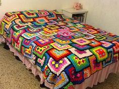 Crochet Square Patterns, Crochet Blocks, Crochet Blanket Patterns, Crochet Bedspread, Baby Afghan Crochet, Granny Square Blanket, Quilted Bedspreads, Knitted Blankets, 3 D