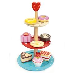 cake stand set by le toy van.