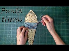Sewing set in video tutorials – Ana Leal Patchwork Patchwork Tiles, Patchwork Bags, Gaines, Needle Book, Little Boxes, Sewing Projects For Beginners, Sew On Patches, Pin Cushions, Tricks